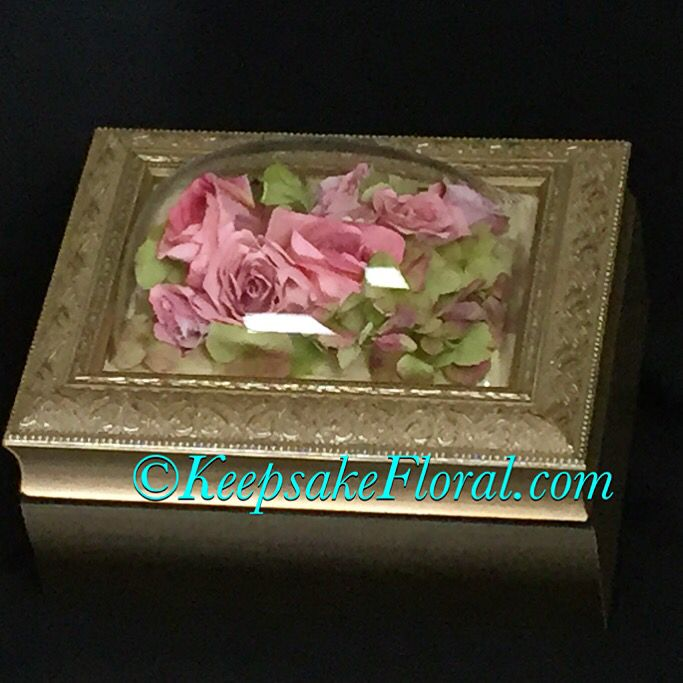 Sweet Jewelry Box Displaying A Preserved Bouquet To