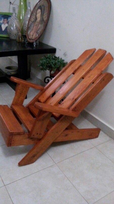 Silla De Pallet Pintada Con Barniz Caoba Decor Outdoor Chairs Home Decor