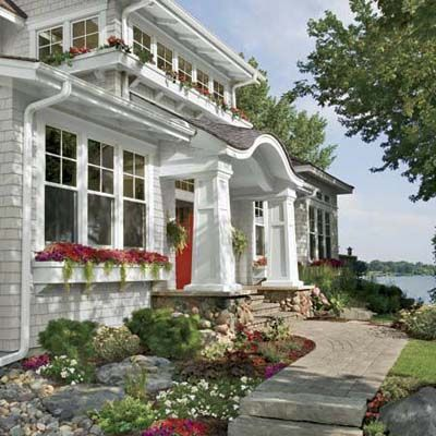 Secrets To Great Curb Appeal Curb Appeal House Exterior Traditional Exterior