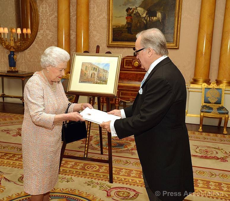 His Excellency Mr. Norman Hamilton, High Commissioner for Malta in London, is received in audience by The Queen at Buckingham Palace, 27 November 2013.