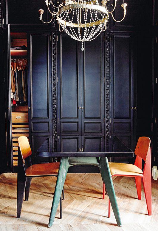 Via sa decor design dining space mobilier de salon deco interieur design et jean prouve - Salle de bain charlotte perriand ...