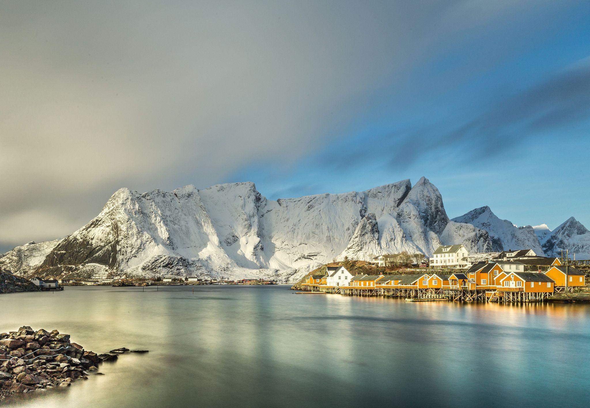 Fonds D Ecran Norvege Cote Montagnes Mer Neige Nature Image 454699 Telecharger Fond Ecran Montagnes Norvege