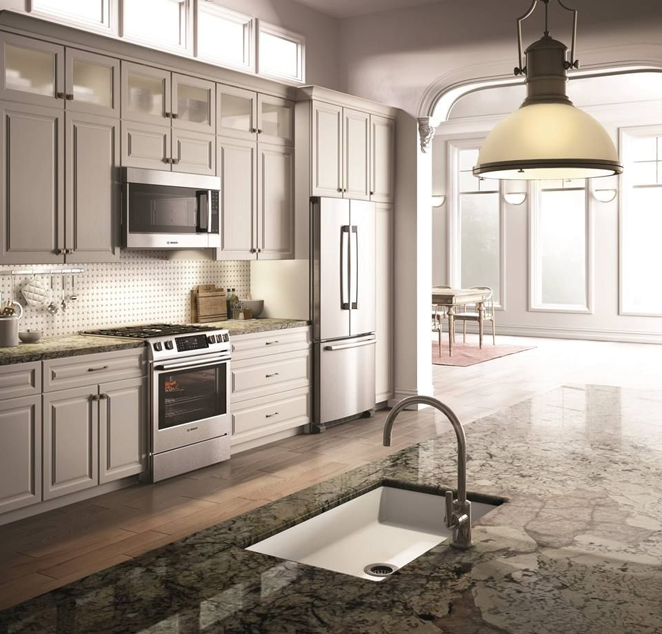 We love the use of @Bosch Home US appliances in this Chicago kitchen ...