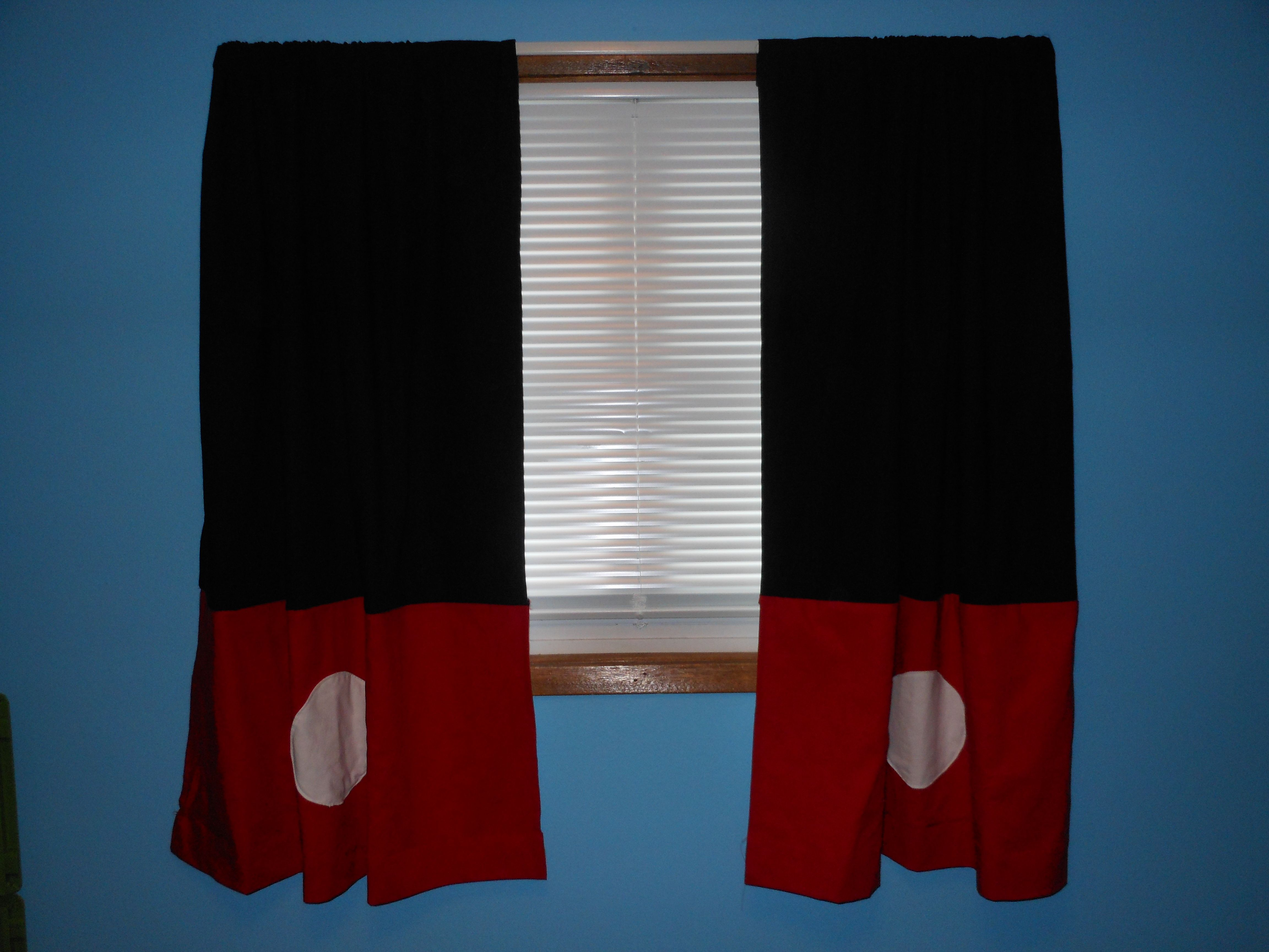 Awesome Mickey Mouse Curtains