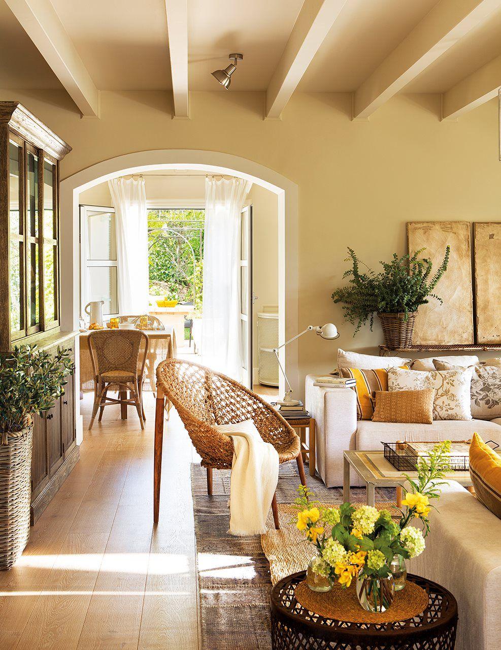 La sala de estar luz elba ascencio decoraci n de unas for Decoracion de casas tipo hacienda