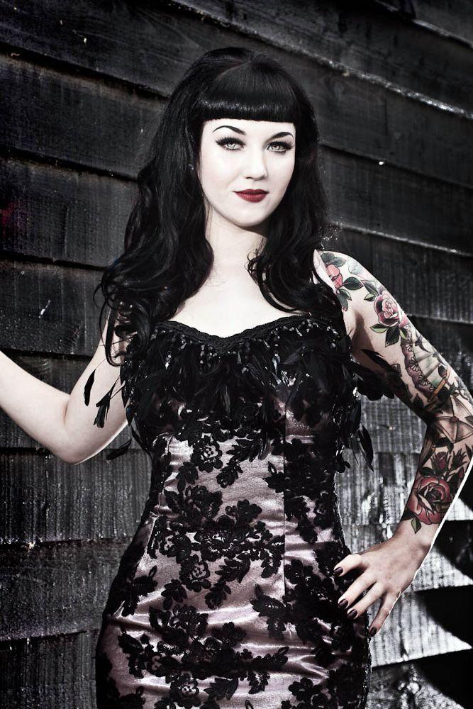 Pin en Goth & Punk Girls
