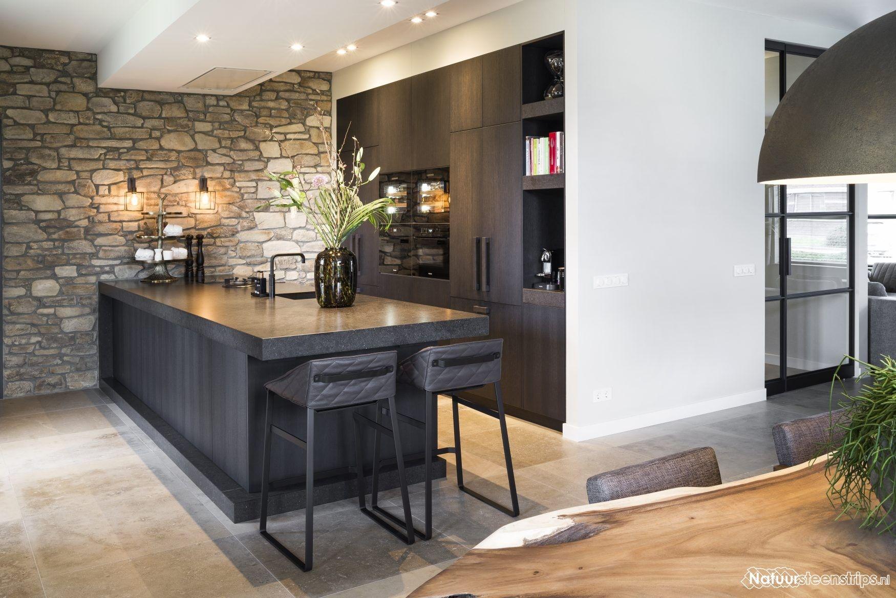 De Sfeer Van Echt Natuursteen In De Keuken Keuken Ontwerp Keuken Idee Keuken Interieur