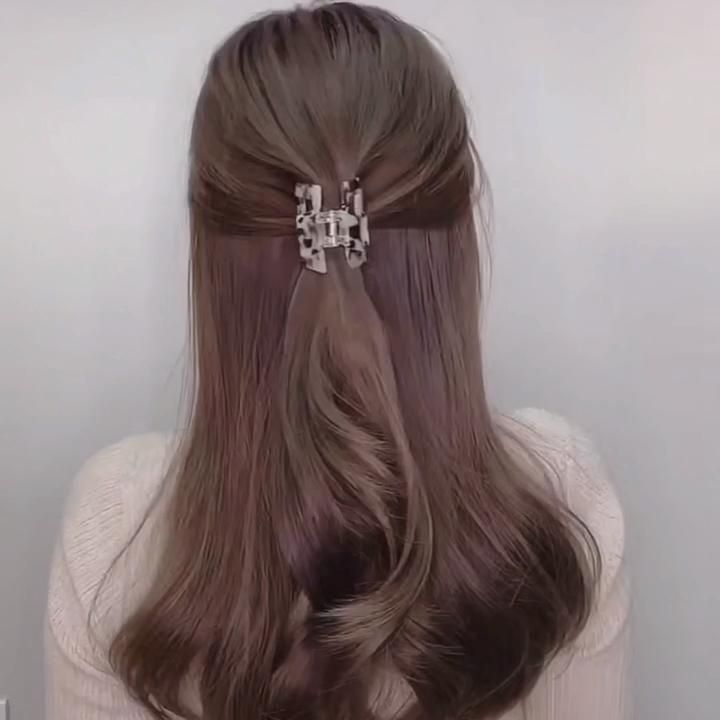 Two easy way to make French hairstyle with hair cl