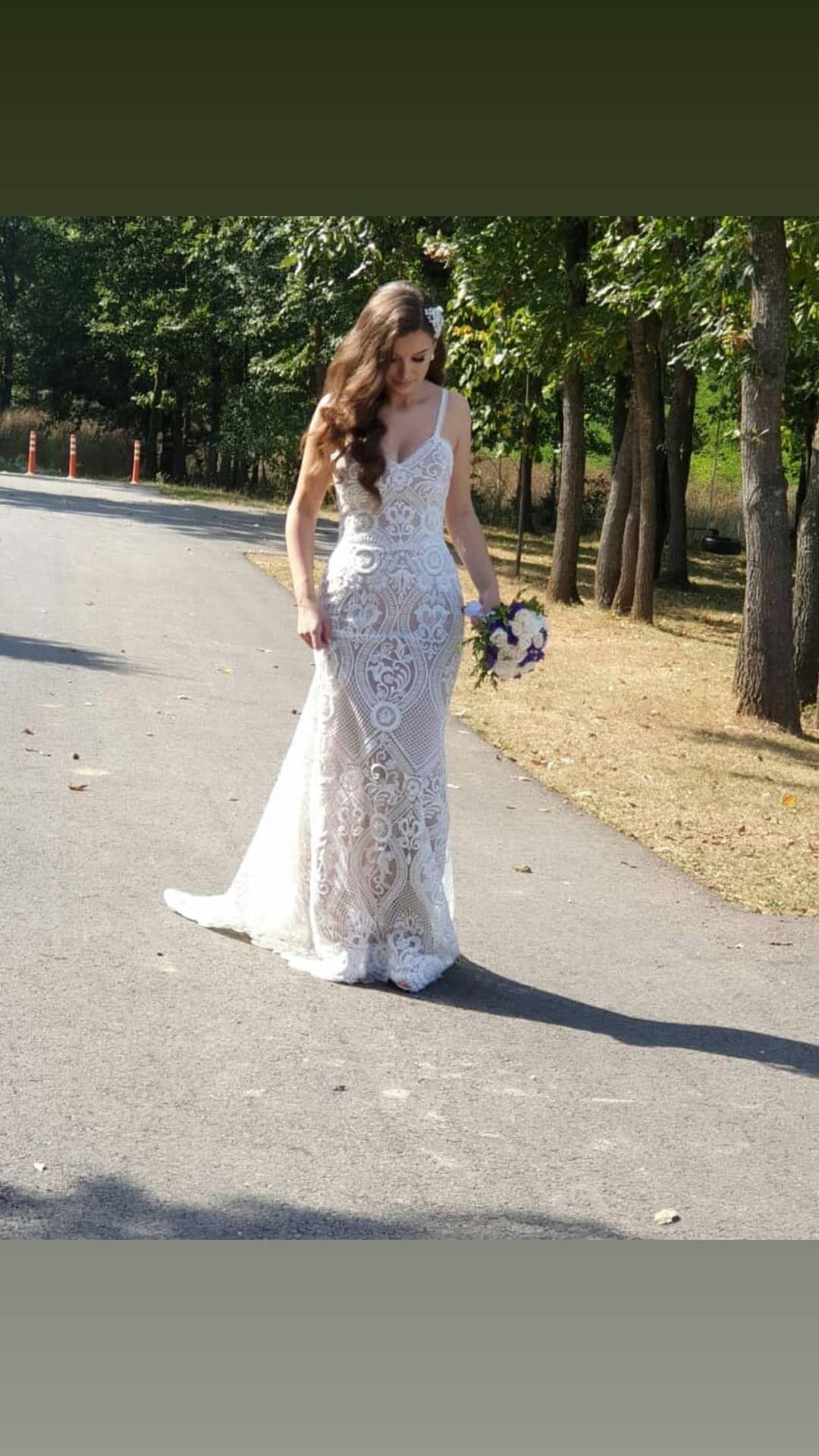 Pin By Lume Design On Lume Design Formal Dresses Wedding Dresses