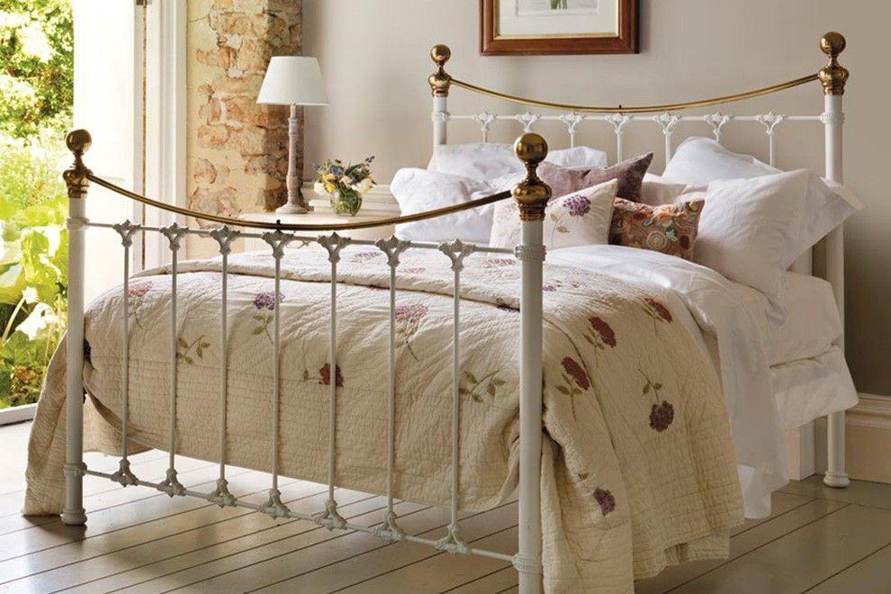 Best Juniper White Metal Bed 1 Jpg Jpg 990×660 White Metal 400 x 300