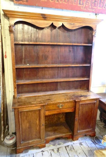Traditional English Victorian Kitchen Dresser