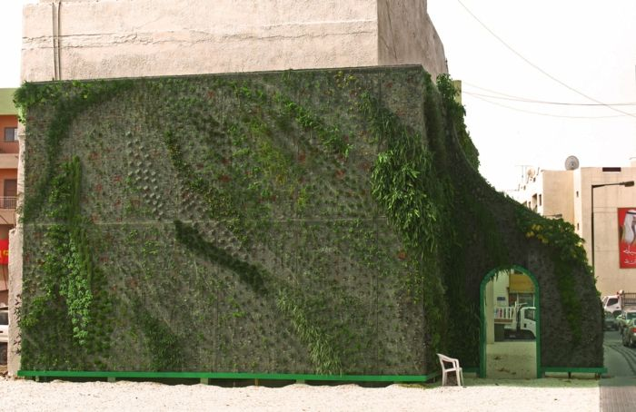 Vertikal Garten auch die alte wand ist mit einem vertikal garten zu verschönern