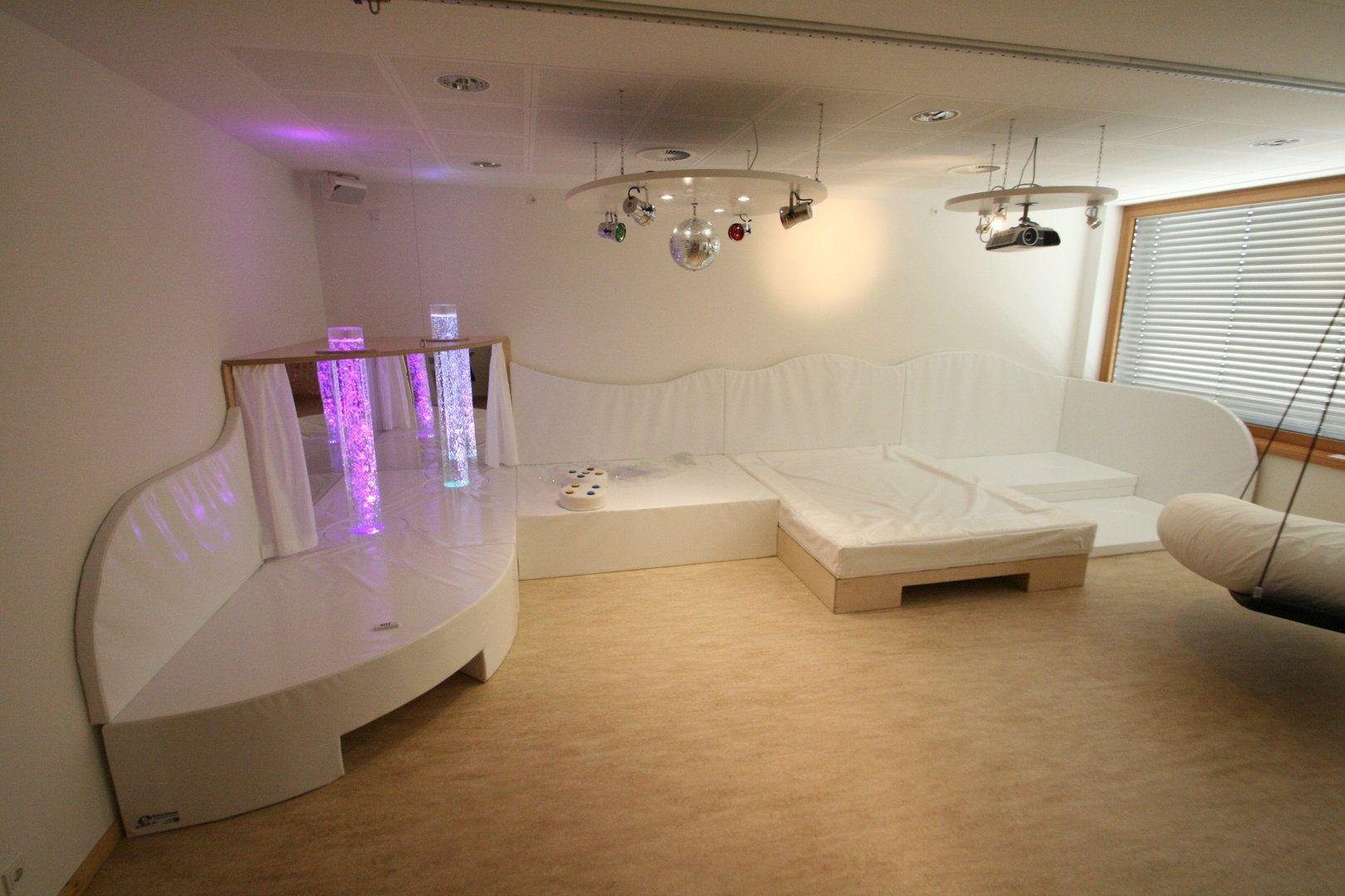 Podest Wohnzimmer  Jtleigh.com - Hausgestaltung Ideen