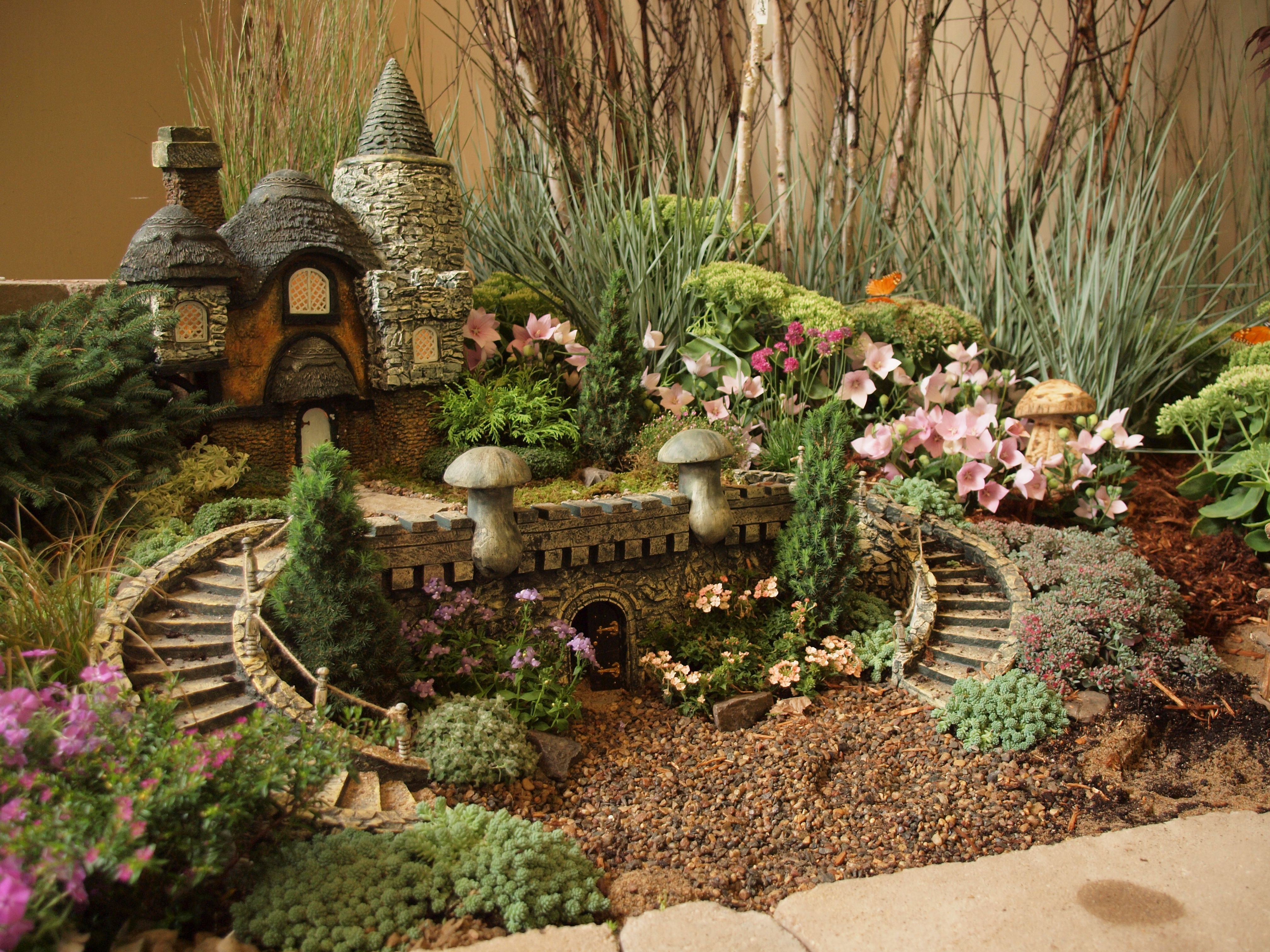 Adorable Fairy Garden Village from our 2011 Minnesota State Fair ...