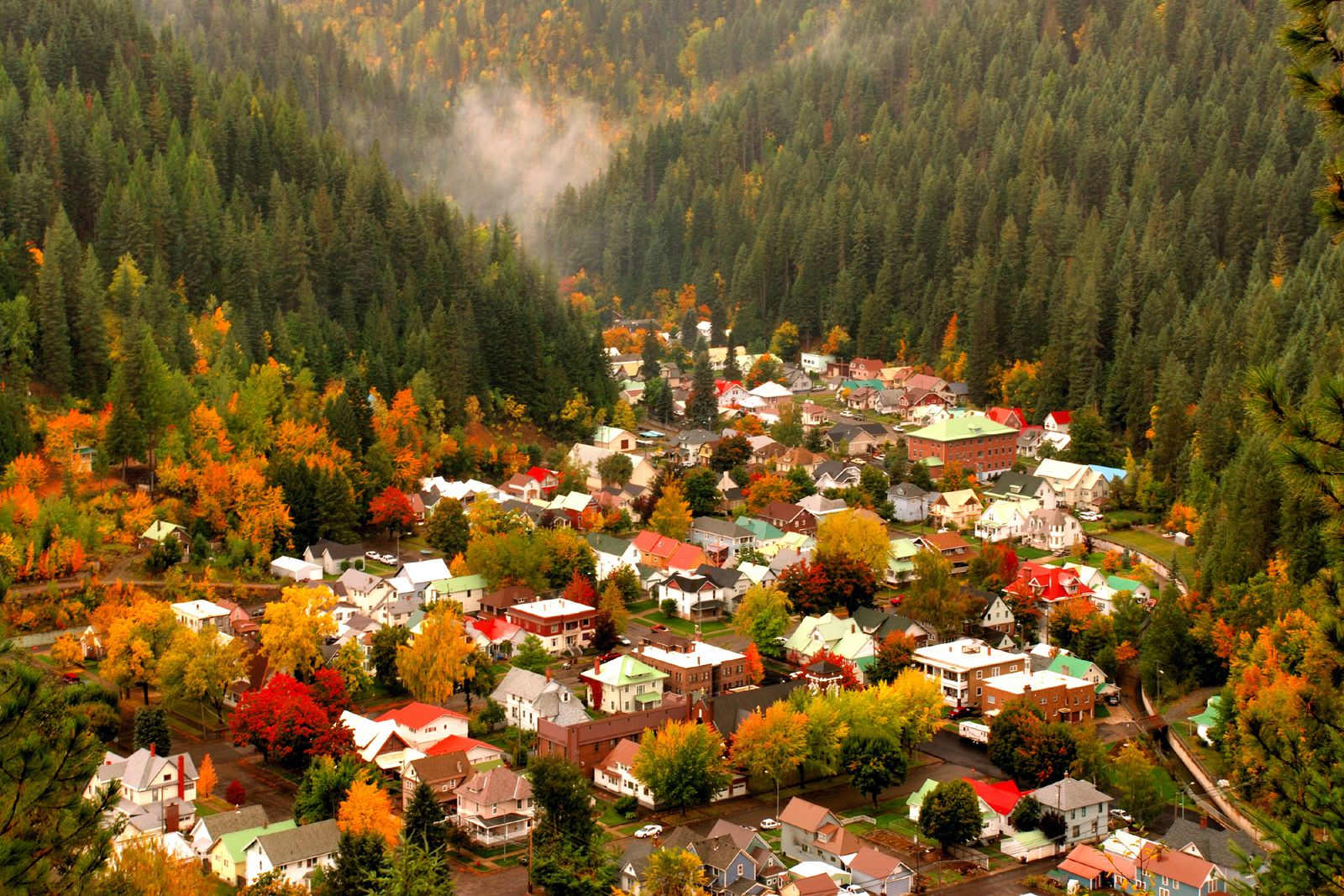 Wallace Idaho in the fall Whatttt. Why did I live in this state and not