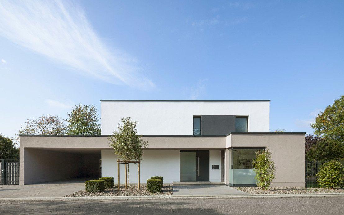Sch nes einfamilienhaus mit bestnote viele fenster for Fenster 0 95
