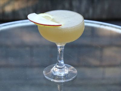 Cocktails to make with Apple brandy