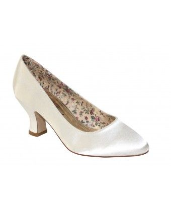 Mable #DressingYourDreams #Plymouth #Devon #Cornwall #bride #weddingshoes #bridalshoes