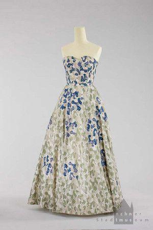 Salon Jeanette Lanvin, Paris Abendkleid Um 1952/53 | 50s Fashion ...