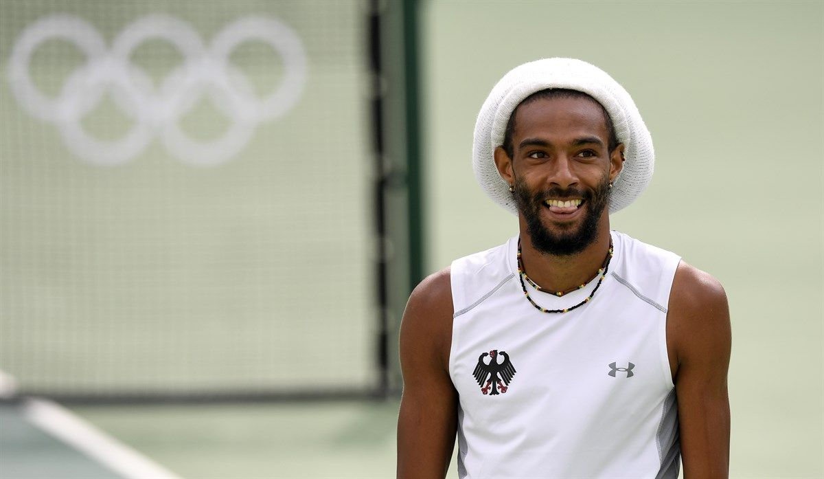 Tennis fans hope Dustin Brown remembers the great parts of his match, before he was injured.  Fun match before he had to withdraw.  #DustinBrown #tennis #2016Olympics #OlympicTennis Olympic Tennis Event - Rio 2016