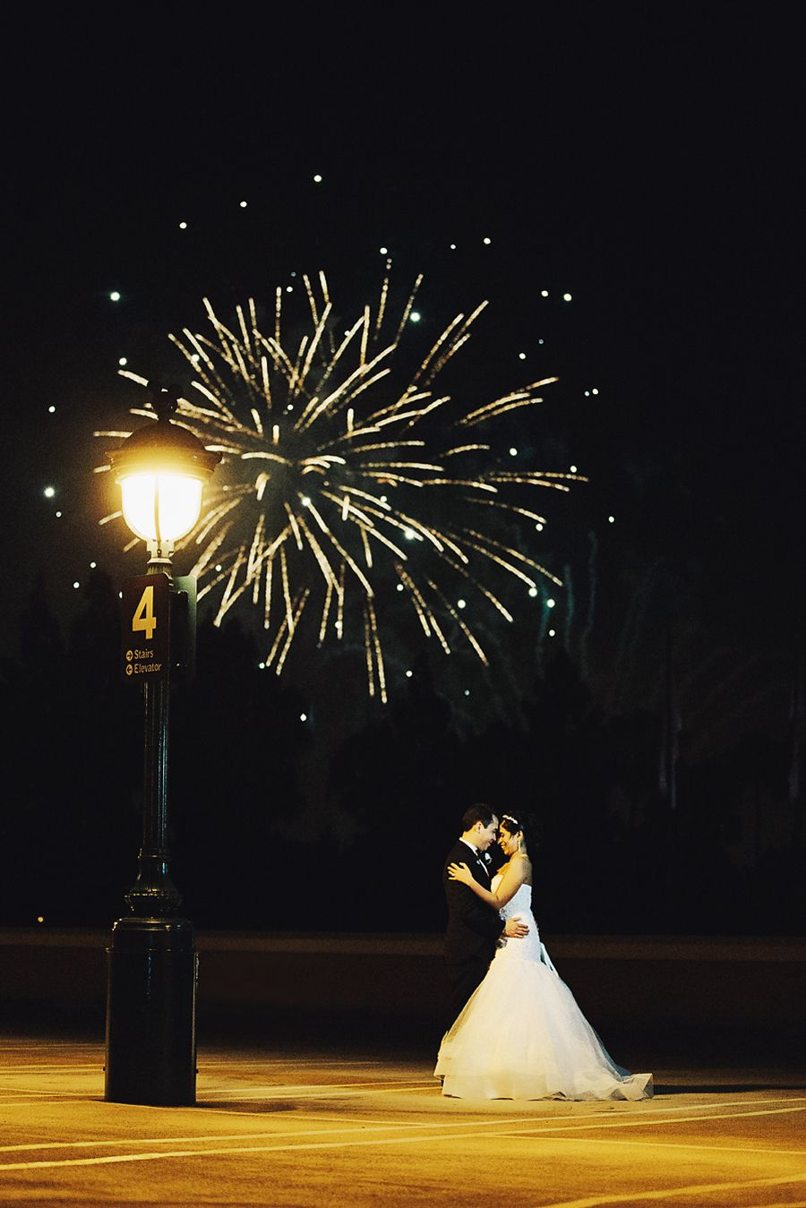 happy 4th of july fireworks disneyland disney holidays wedding fireworks wedding. Black Bedroom Furniture Sets. Home Design Ideas