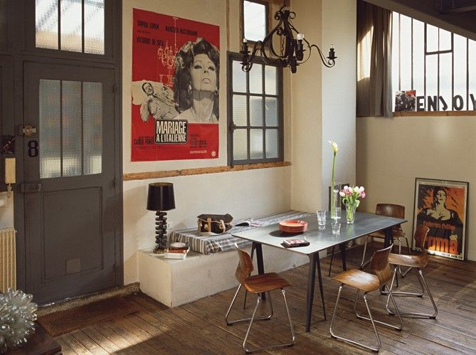 Loft with a gorgeous Sophia Loren poster via Maison \ Travaux