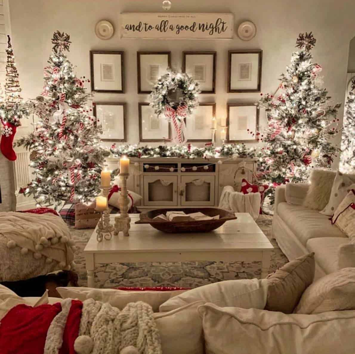 30+ Cozy And Wonderful Rustic Farmhouse Christmas ...