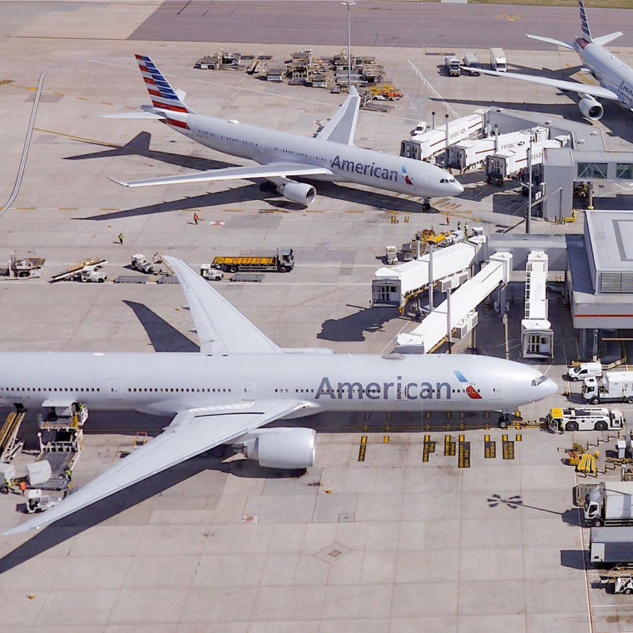 airport airplane americanairlines Boeing aircraft