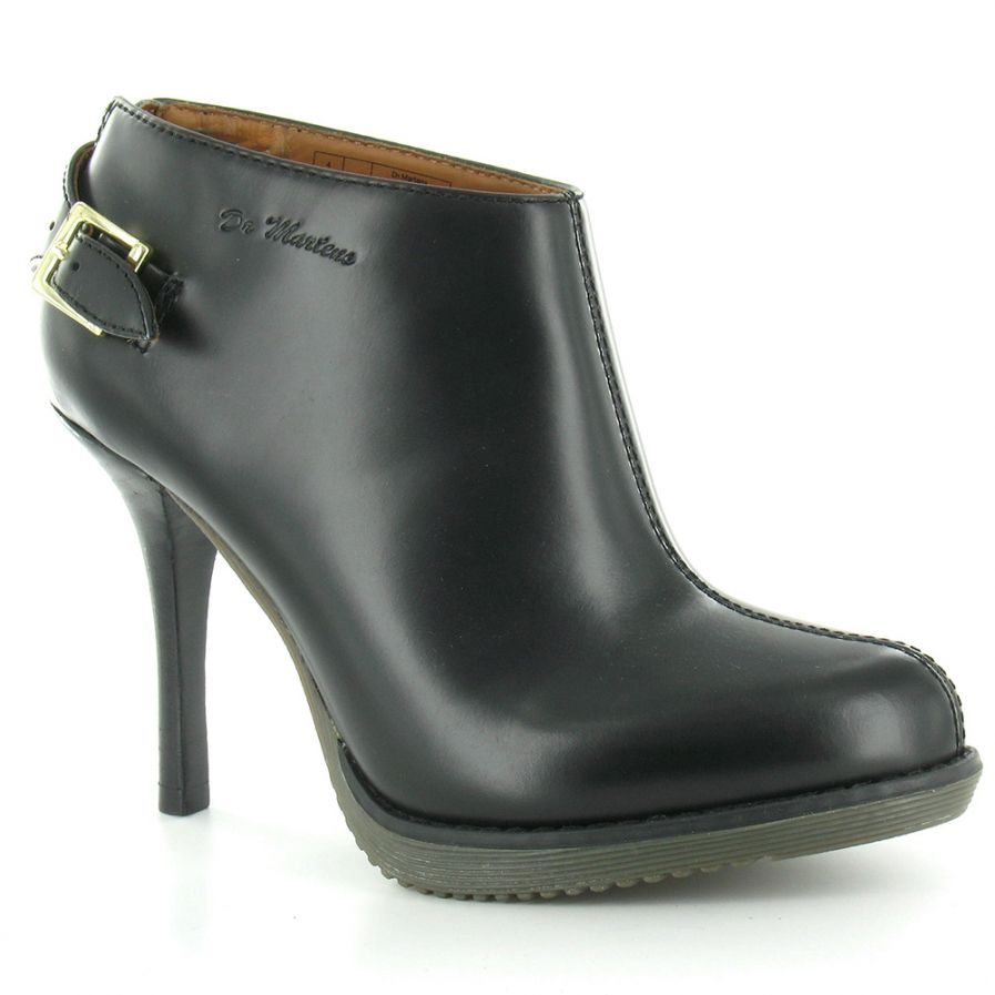 womens black ankle boots low heel