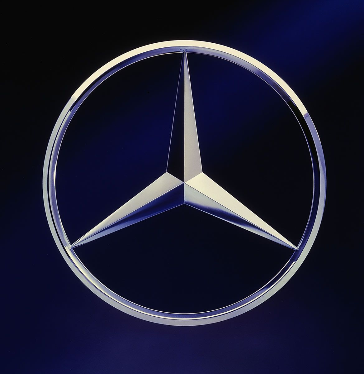 Mercedes Benz Of Sugar Land: The Three-pointed Star Originally Symbolized Daimler's
