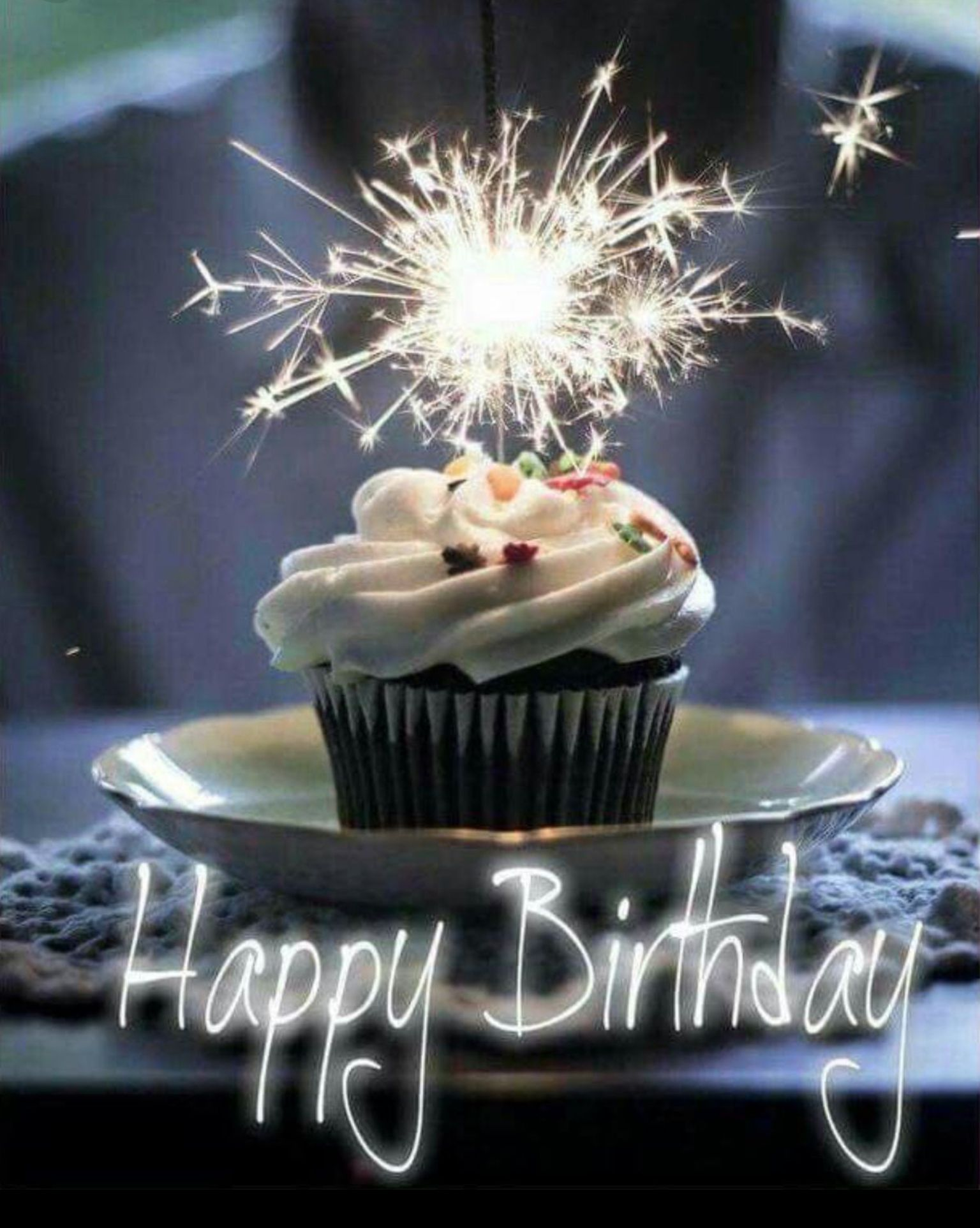 Happy birthday cupcake Happy birthday cupcakes, Birthday