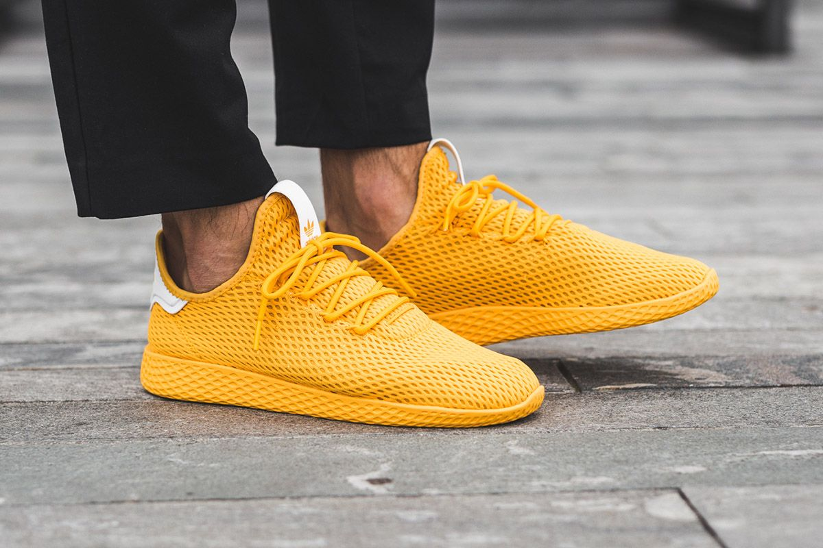 36ab47b6c2005 On-Foot  Pharrell Williams x adidas Tennis Hu