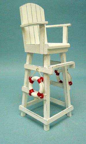 Superbe Lifeguard Chair  Either Distressed Like This One Or Stained Dark. And Have  A Built In Umbrella And Cup Holder. Also Having A Magazine Holder On Side  Would ...