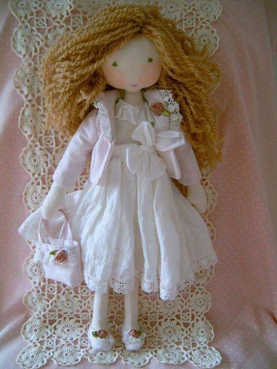Essa imagem de uma meiguice de bonequinha  ganhei de minha amiga Solange Bernardes Formento, aqui do Pinterest e Facebook também...bjsss Solange querida