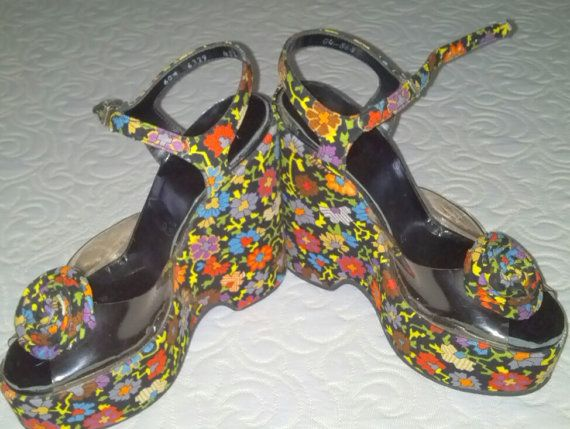 70s  Floral...Folksy...Mod.....tapestry Flower by VintageDove, $325.00