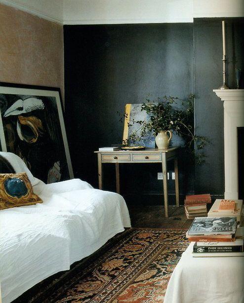 schneller kurs vintage interieur design, dark walls, vintage rug | maison | pinterest | haus, wohnen und latte, Design ideen