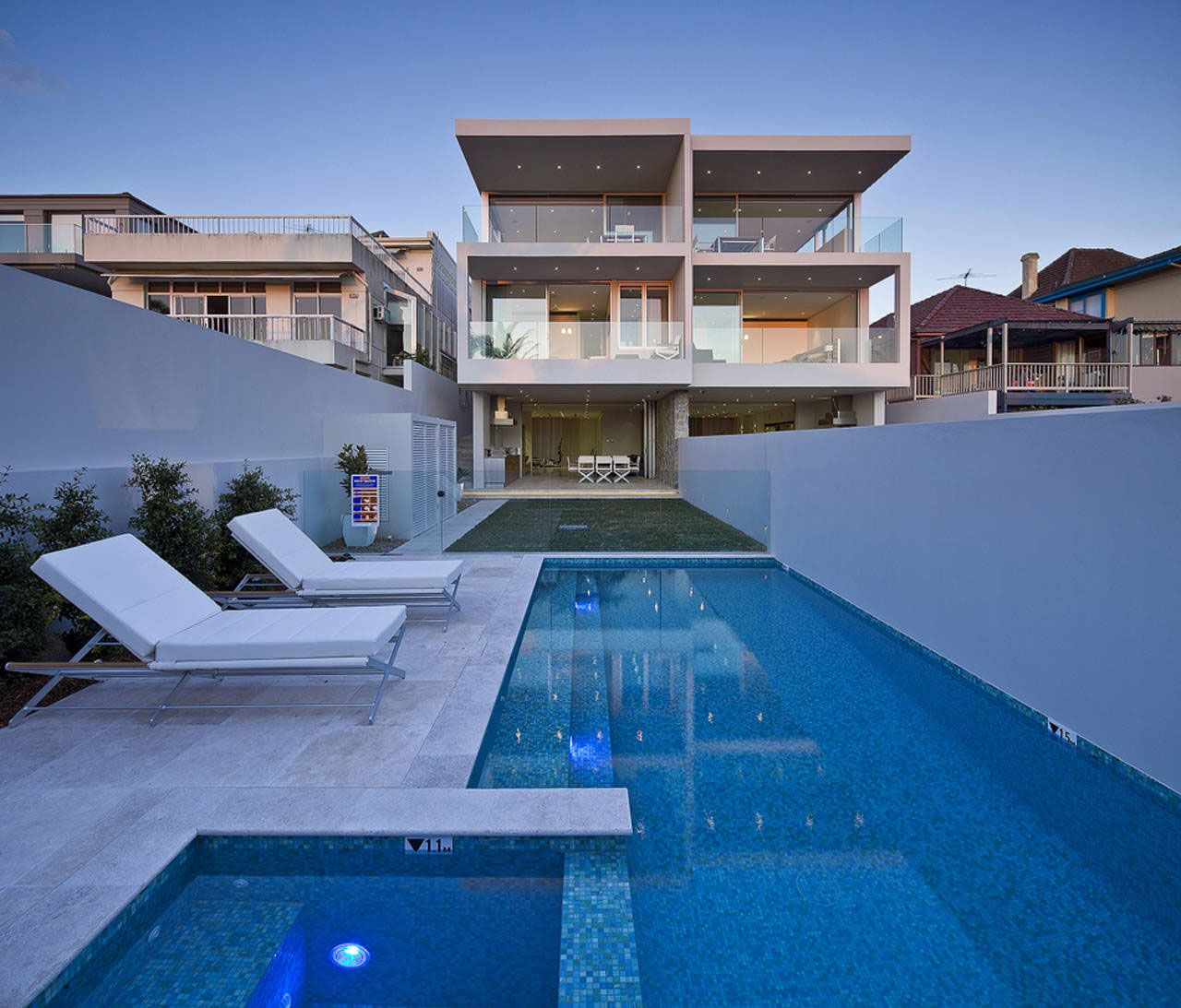 Contemporary duplex with views of sydney harbour click on for Duplex plans australia