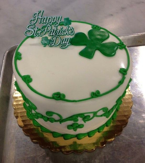 St. Patrick's Day cakes!