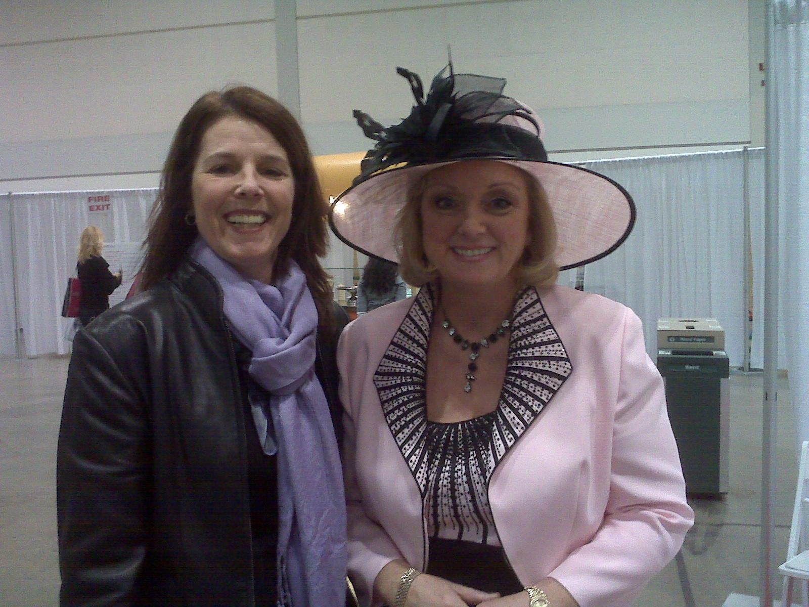 Chatting with Jane Dayus-Hinch Wedding  Planner SOS, about the latest trends in weddings this year!