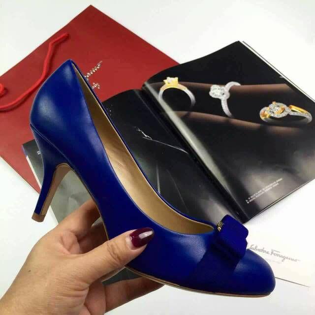 Cheap Ferragamo Carla Heels Royal blue on sale