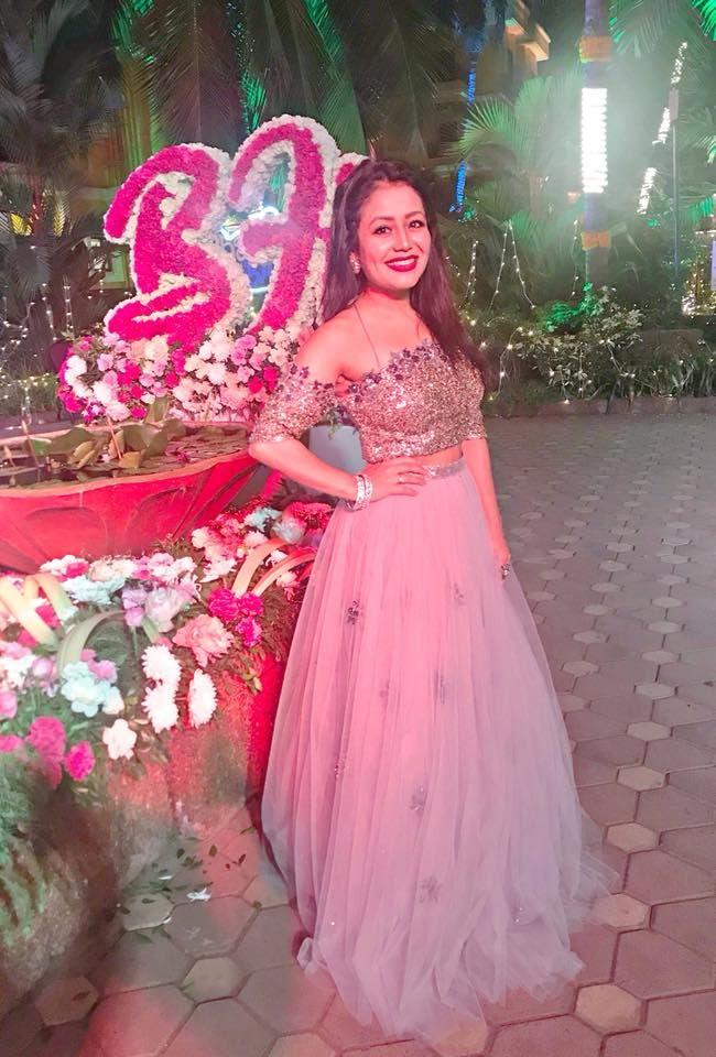 Latest pics of Neha Kakkar Neha kakkar dresses, Designer