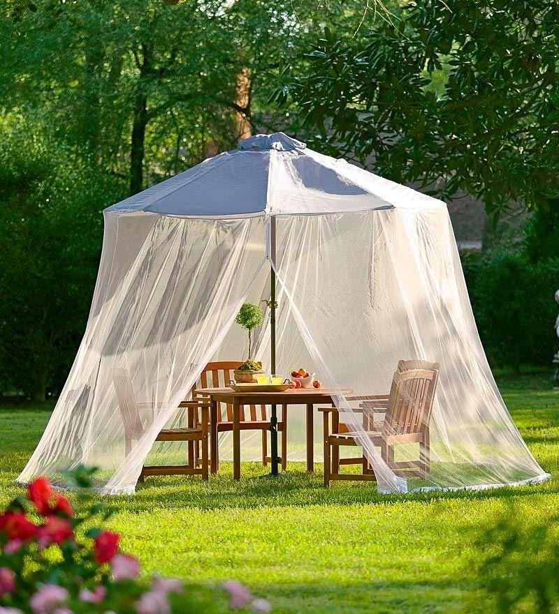 des moustiquaires design pour faire taire les moustiques moustiquaire. Black Bedroom Furniture Sets. Home Design Ideas