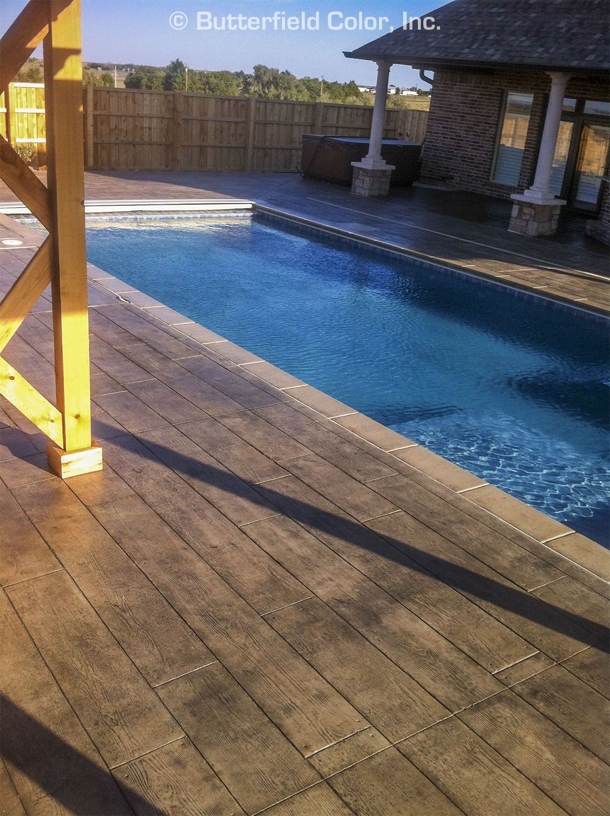 Pool Deck Wood Design Stamped Concrete Overlay Swimming Pool Decks Pool Patio Concrete Pool