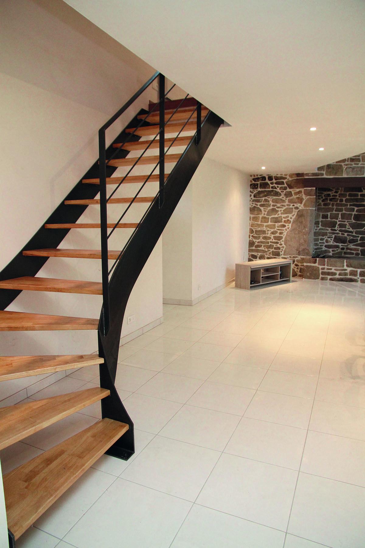 Escalier maison quart tournant … | schody | Escal…