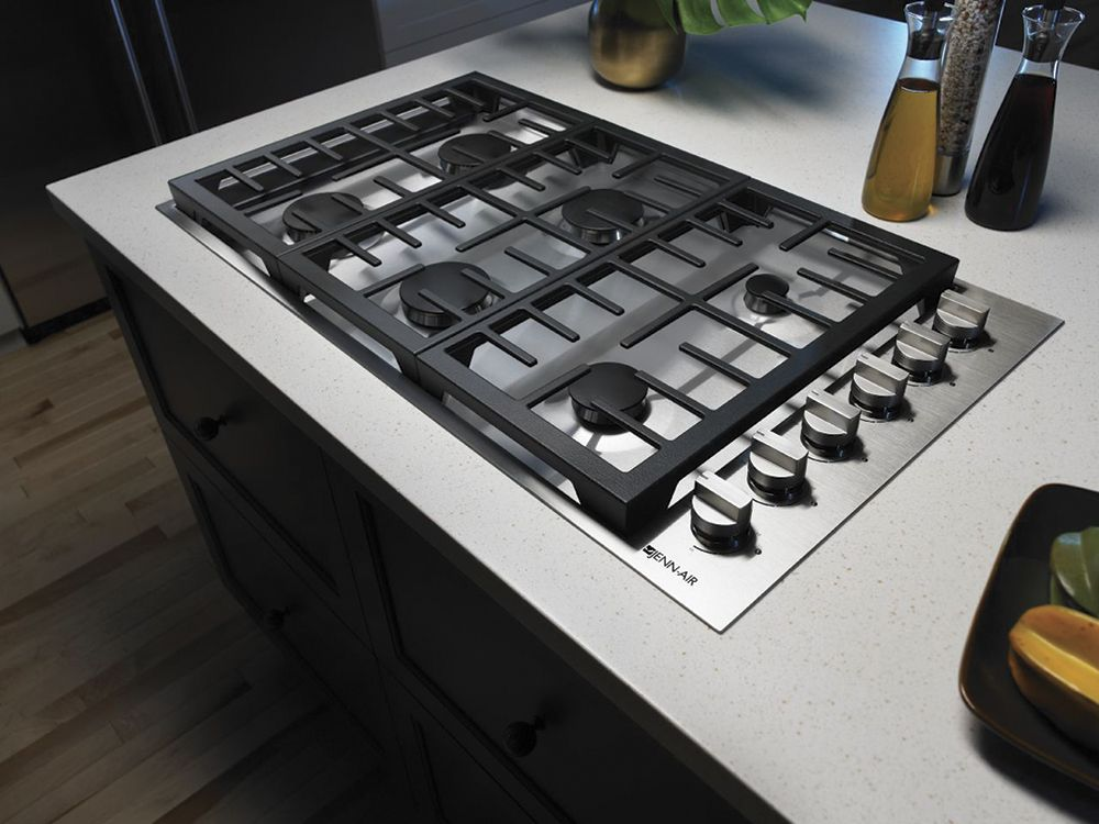 6 Burner Gas Cooktop With Downdraft