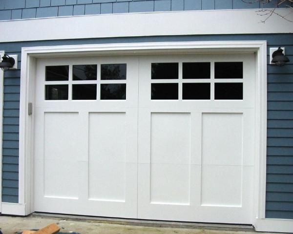 Craftsman style garage doors garage doors and real for Craftsman style garage lights