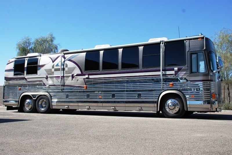 Check Out The Price On This Coach Click The Link For More Details And 30 More Pics Http Www Rvt Com Prevost Country Coach X Big Trucks Bus Coach Motorcoach