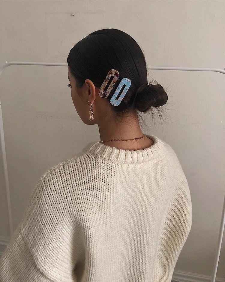 "Photo of Sasha Mei on Instagram: ""Baby hairs everywhere"" #hairclips Baby hairs everyw…"