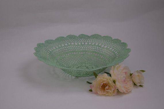 Corbeille  en forme de fleur faite en crochet