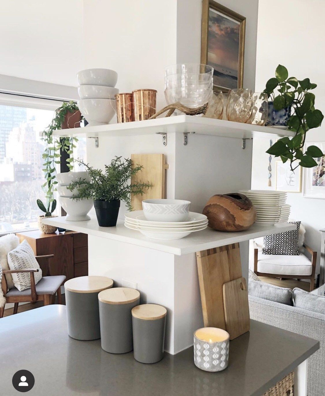How This NYC Apartment Owner Keeps Her Home Tidy | Kitchen ...
